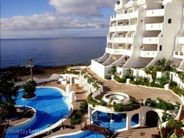 7 nights luxury accommodation with a free transfer from Tenerife Airport. Santa Barabra Club has everything required for a first-class family vacation at an exceptional price